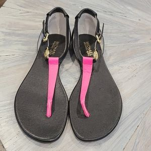 Michael Kors Blk & Pink leather sandals